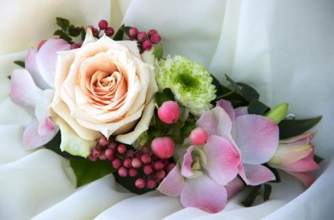 цветочная заколка для невесты