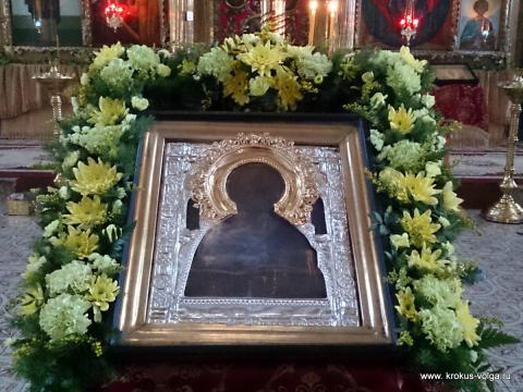 Оформление иконы Николая Чудотворца к Престольному празднику.