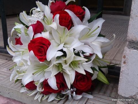 свадебный букет с лилией