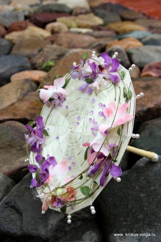 свадебный букет с фиалками