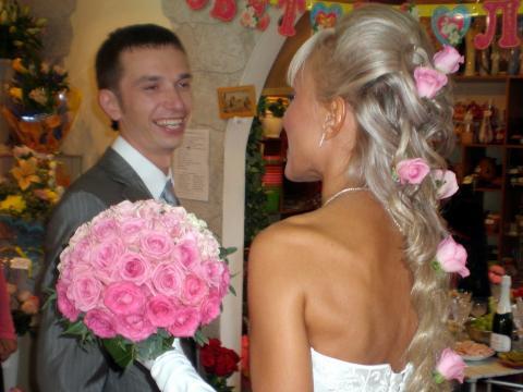 свадебный букет из роз с переходом по цвету
