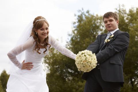 свадебный букет белый круглый