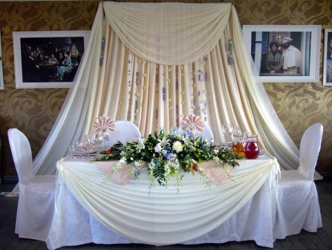 украшение свадебного президиума